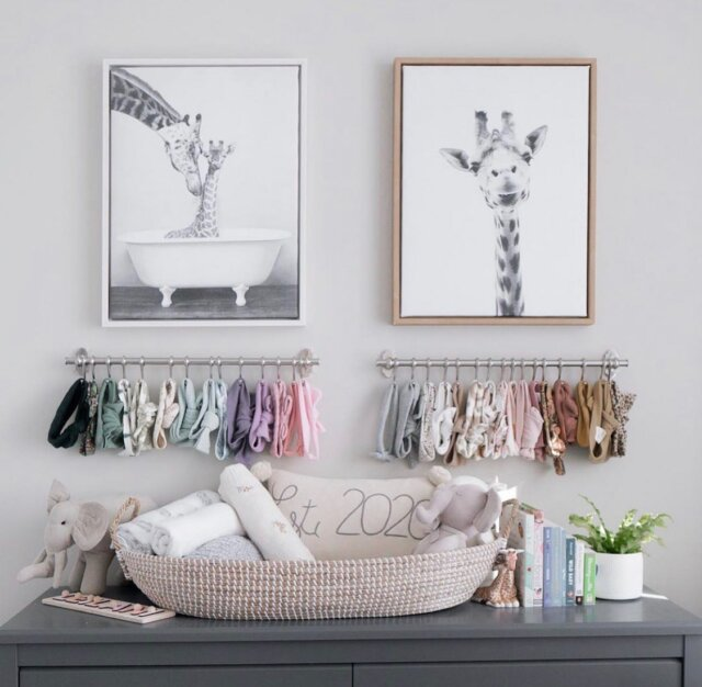 A sweet nursery set-up featuring some of our Linen Perch favorites 🤍  We love how the very chic @the.nkunims styled our Charleston Baby Changing Basket, 'Est. 2020' throw pillow, and Linen Friends 'Momma and Baby Enzo'! Talk about #nurserygoals on a new level!   Check out these amazing products on the Linen Perch website (link in bio)!