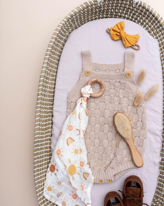 Fall outfit inspo 🍁   Our Charleston Changing Basket is beloved a Linen Perch original. Handcrafted with natural seagrass, this essential is sure to add style to your little one's space while serving as a functional nursery item.  Available on the Linen Perch website (link in bio) or on our IG store!